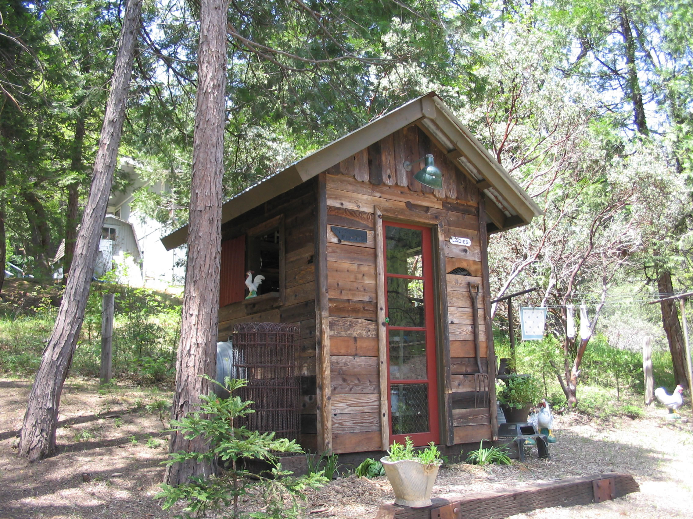 Mixing Old World Style Sy Sheds Old Wooden Shed Guide